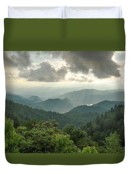 Duvet Cover featuring the photograph Smoky Sunbeams by Doug McPherson