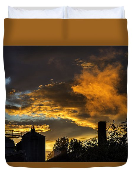 Duvet Cover featuring the photograph Smoky Sunset by Jeremy Lavender Photography