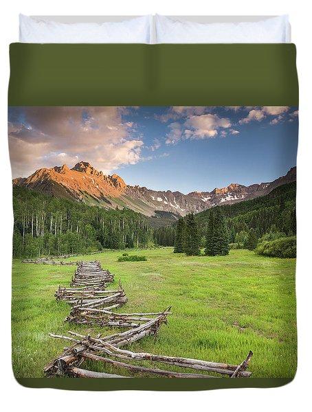 Sneffels Fence Horizontal Duvet Cover