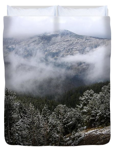 Snow And Clouds In The Mountains Duvet Cover by Larry Ricker