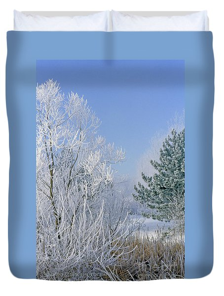 2a357 Snow Covered Trees At Alum Creek State Park Duvet Cover
