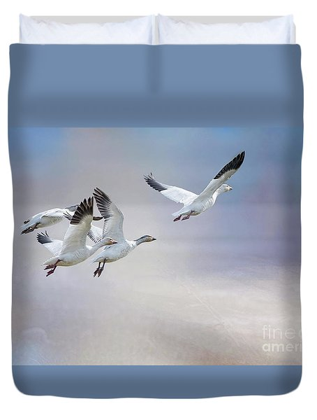 Snow Geese In Flight Duvet Cover by Bonnie Barry