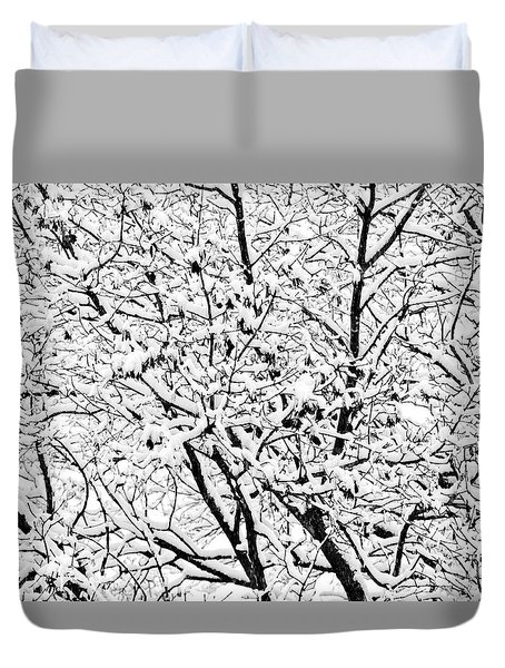 Duvet Cover featuring the photograph Snow On Branches by Lars Lentz