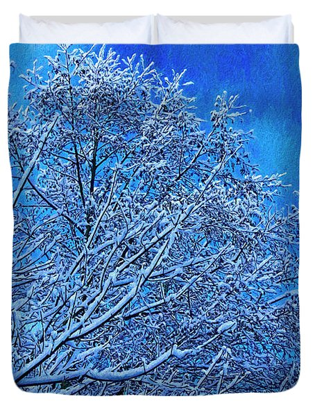 Duvet Cover featuring the photograph Snow On Branches Photo Art by Sharon Talson