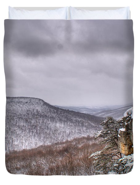 Snow Remoteness Duvet Cover