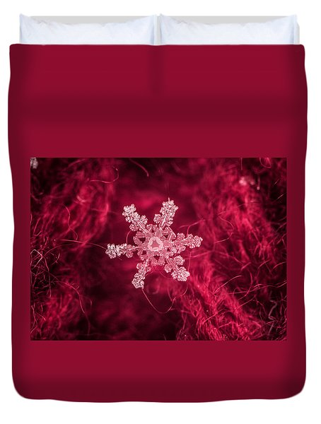 Snowflake On Red Duvet Cover