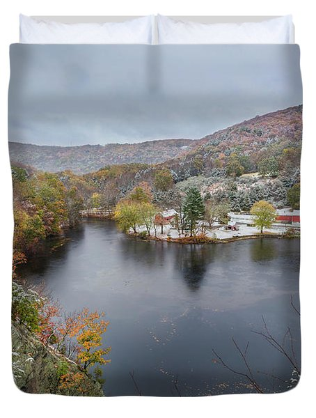 Duvet Cover featuring the photograph Snowliage by Bill Wakeley