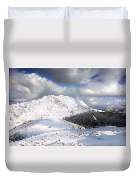 snowy Anboto from Urkiolamendi at winter Duvet Cover