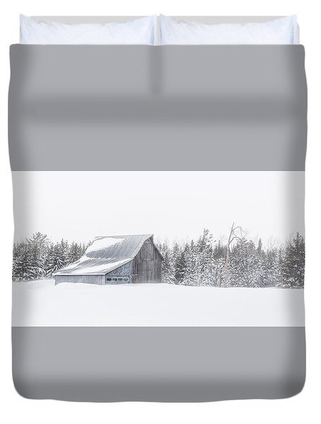 Duvet Cover featuring the photograph Snowy Barn by Dan Traun