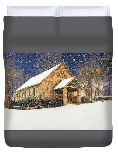 Snowy Cloudland Presbyterian Church  Duvet Cover