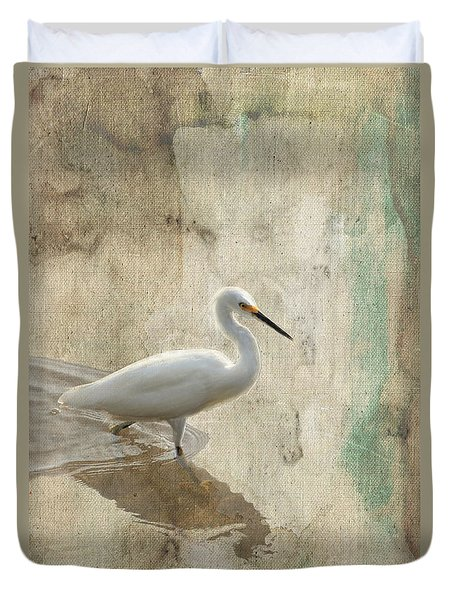 Snowy Egret In Grunge Duvet Cover