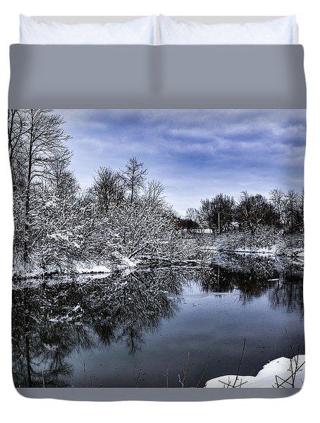 Snowy Ellicott Creek Duvet Cover