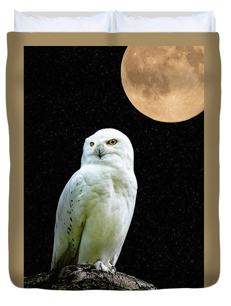 Duvet Cover featuring the photograph Snowy Owl Under The Moon by Scott Carruthers