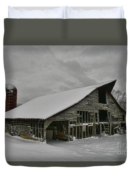 Snowy Thunder Duvet Cover