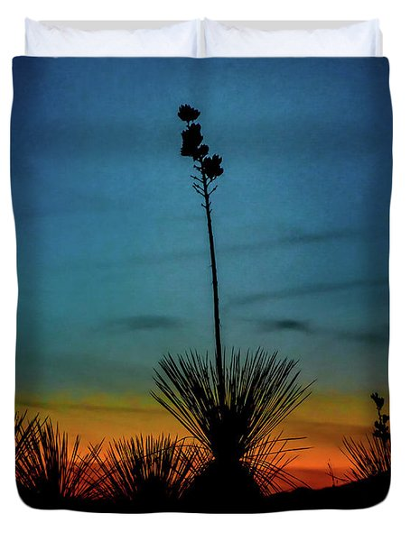 Soaptree Yucca At Sunset Duvet Cover