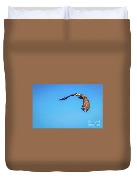 Soaring Eagle Duvet Cover by John Roberts