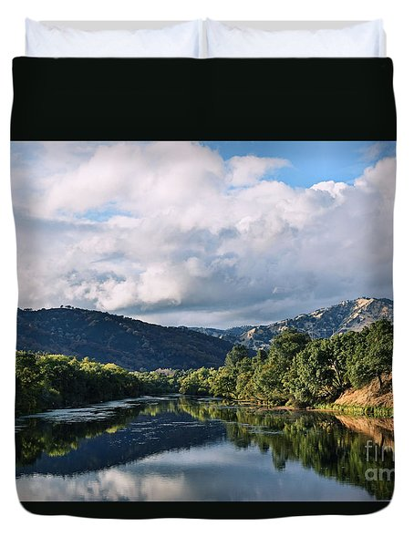 Solano Lake In The Fall Duvet Cover