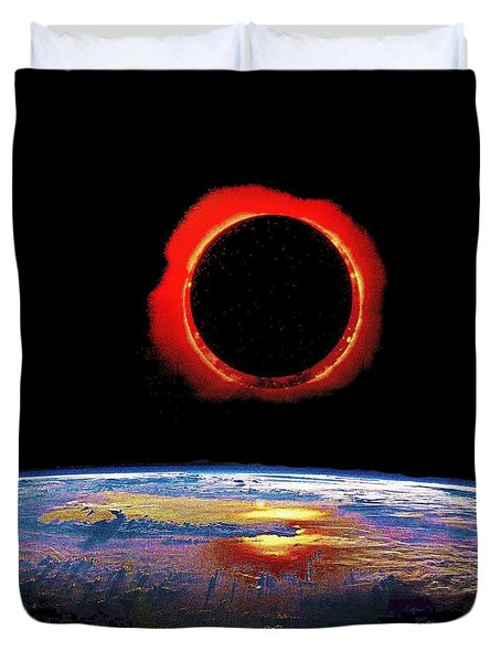 Solar Eclipse From Above The Earth - Thermal View Duvet Cover