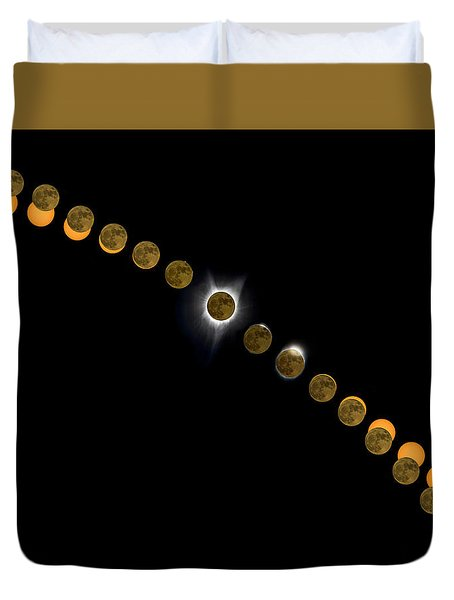 Solar Eclipse Stages 2017 Duvet Cover