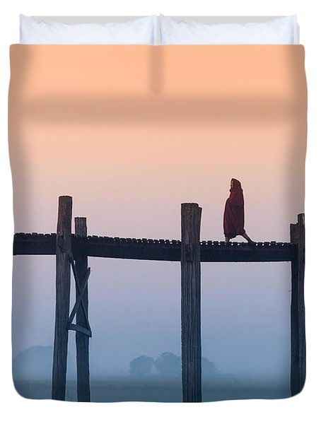 Solitary Walk Duvet Cover