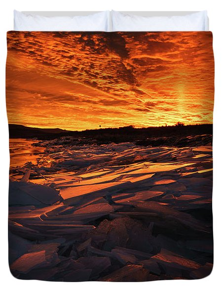 Song Of Ice And Fire Duvet Cover by Justin Johnson