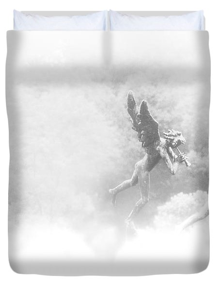 Song Of The Angels Duvet Cover by Bill Cannon