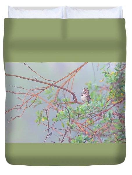 Song Sparrow In Fog Duvet Cover