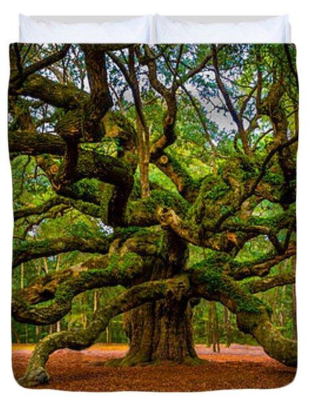 Angel Oak In Charleston Duvet Cover