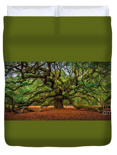 Angel Oak In Charleston Duvet Cover by David Smith