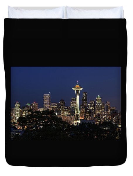 Duvet Cover featuring the photograph Space Needle by David Chandler