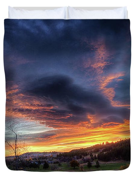 Spearfish Canyon Golf Club Sunrise Duvet Cover