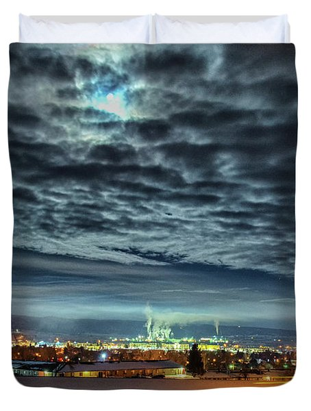 Spearfish Under The Moon Duvet Cover