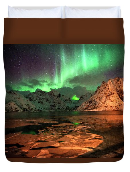 Spectacular Night In Lofoten 1 Duvet Cover