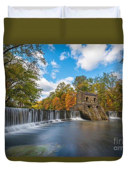 Speedwell Dam Fall Foliage Duvet Cover