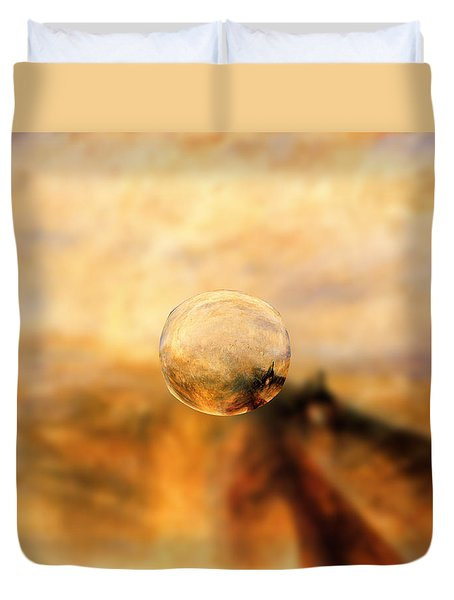 Sphere 8 Turner Duvet Cover
