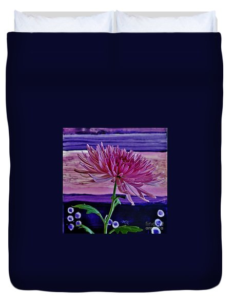 Duvet Cover featuring the photograph Spider Mum With Abstract by Marsha Heiken