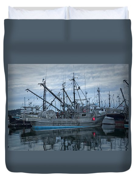 Duvet Cover featuring the photograph Spirit At Rest by Randy Hall