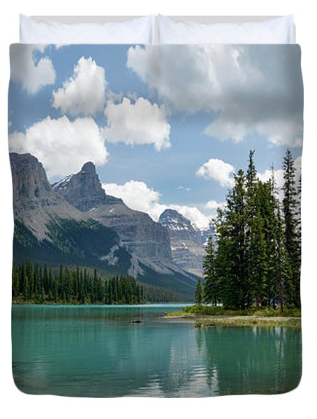 Spirit Island And The Hall Of The Gods Duvet Cover