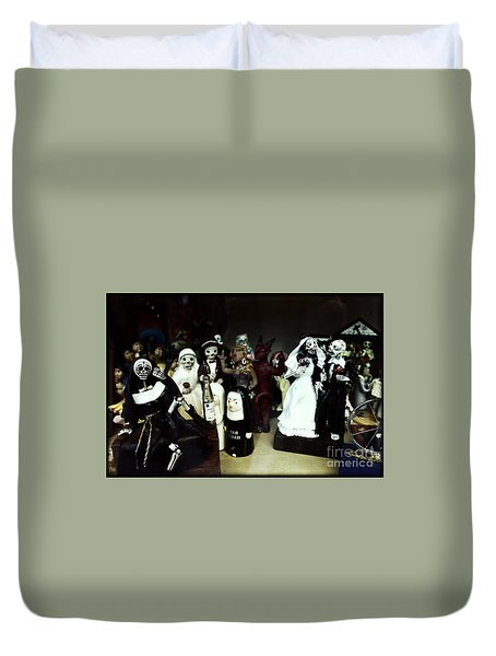 Spirit's Return Duvet Cover