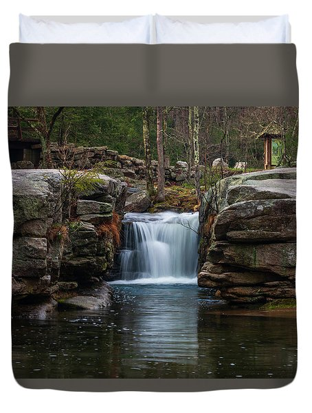 Split Rock In April 2018 Duvet Cover