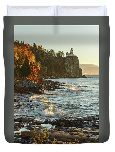 Split Rock Lighthouse At Sunrose Duvet Cover
