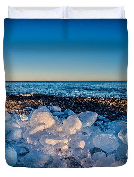 Split Rock Lighthouse With Ice Balls Duvet Cover