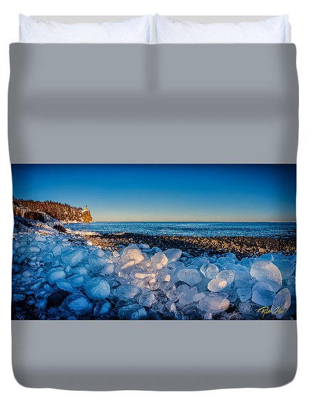Split Rock Lighthouse With Ice Balls Duvet Cover