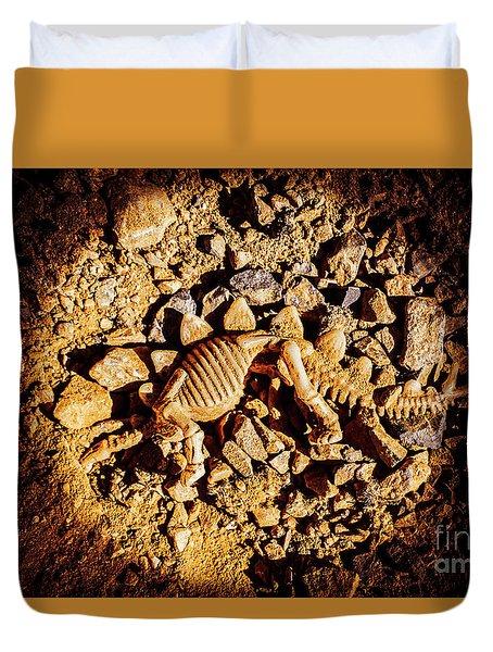 Spotlight On A Extinct Stegosaurus Duvet Cover
