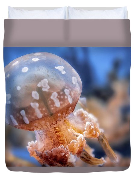 Spotted Lagoon Jellyfish Duvet Cover
