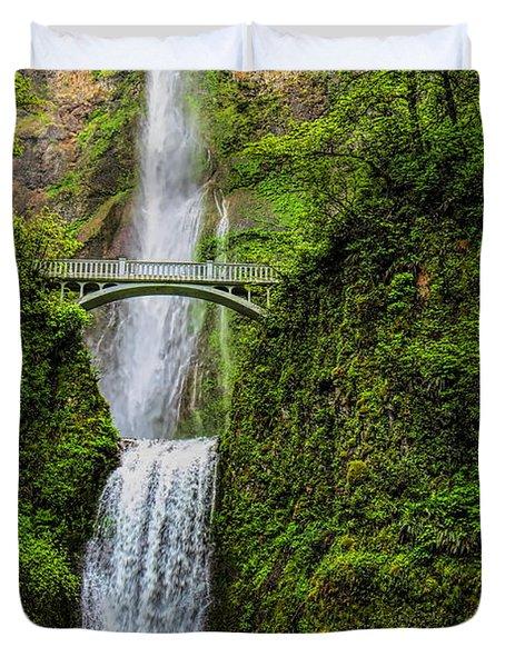 Spring At Multnomah Falls Duvet Cover