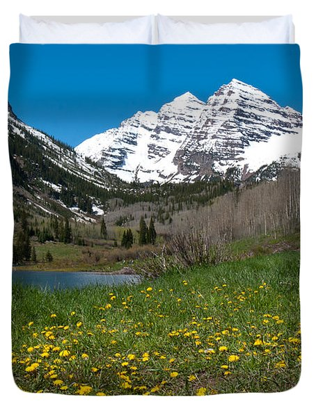 Spring At The Maroon Bells Duvet Cover