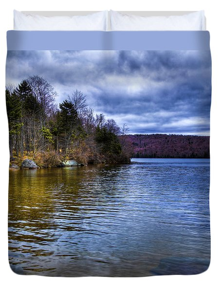 Spring Day On Limekiln Duvet Cover by David Patterson