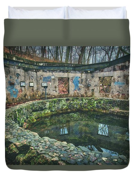 Spring House 2 - Paradise Springs - Kettle Moraine State Forest Duvet Cover by Jennifer Rondinelli Reilly - Fine Art Photography