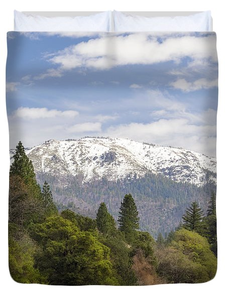Spring In The Plumas National Forest Duvet Cover